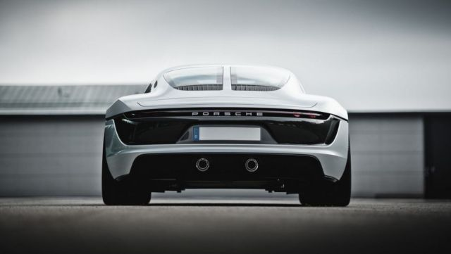 Porsche may be developing a New Sports Car (1)