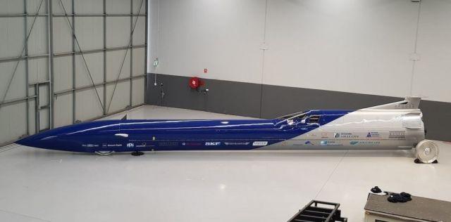 Aussie Invader 5R rocket-car (2)