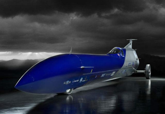 Aussie Invader 5R rocket-car