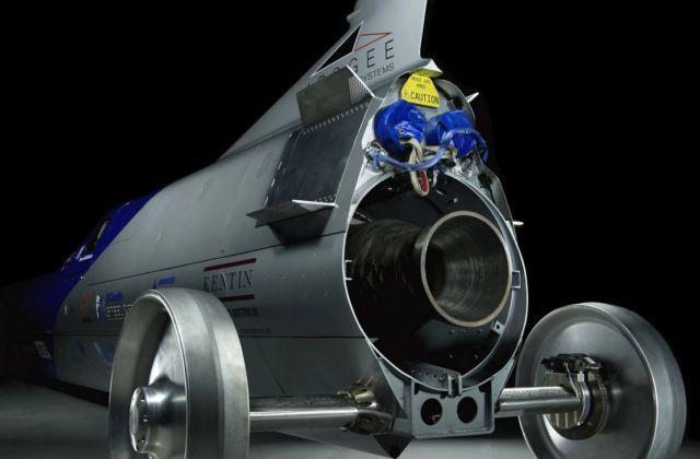 Aussie Invader 5R rocket-car (10)