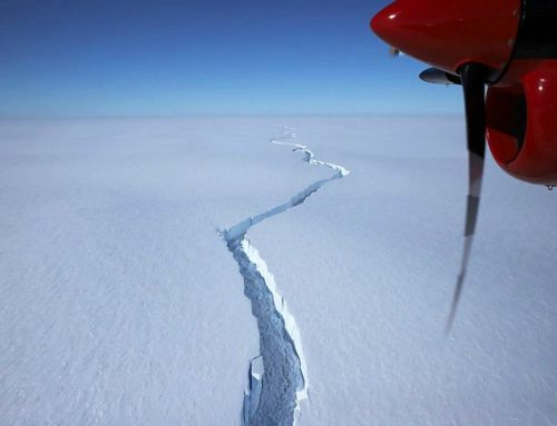 Huge Iceberg has broken off the Brunt Ice Shelf in Antarctica