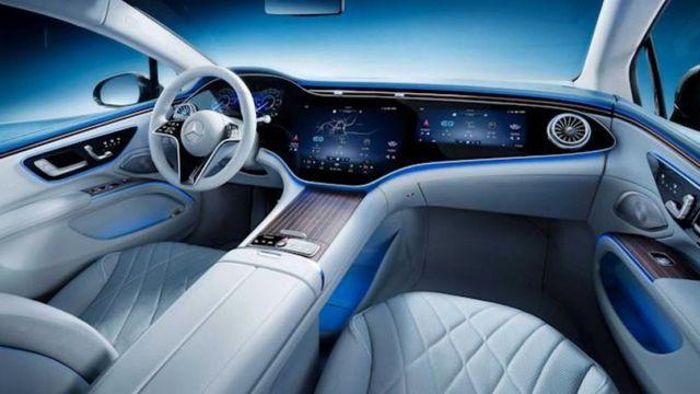 Mercedes-Benz's 56-inch 'Hyperscreen' dash