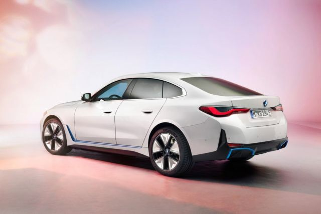 New BMW i4 EV Electric Sedan (5)