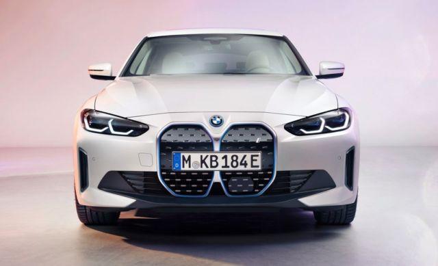 New BMW i4 EV Electric Sedan (4)