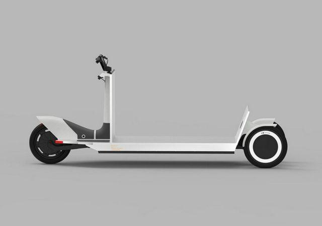 Polestar Re:Move three-wheeled cargo sled (3)