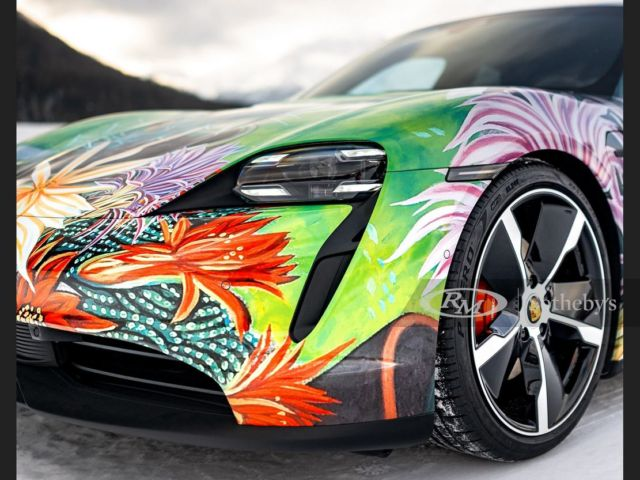 Porsche Taycan 4S Artcar (3)