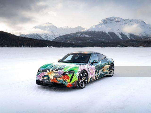 Porsche Taycan 4S Artcar (11)