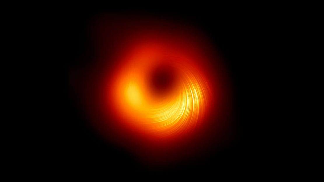 Supermassive Black Hole in Polarised Light