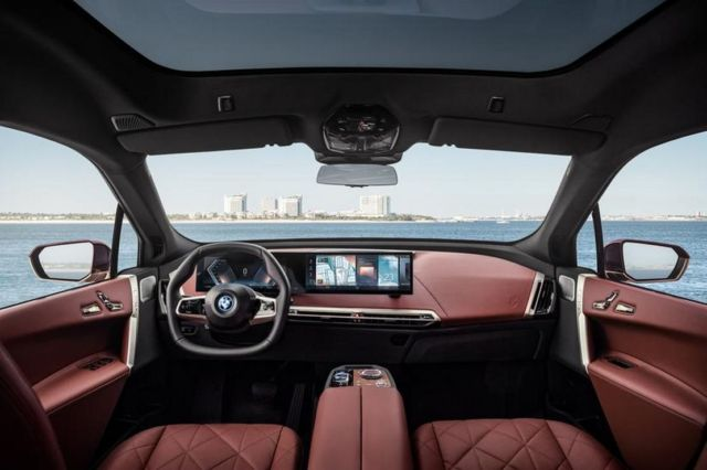 The New BMW iDrive 8 (10)