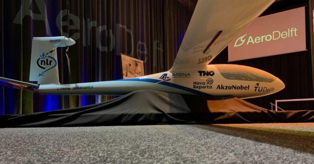 Phoenix Hydrogen-Powered Aircraft (3)