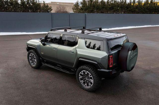 GMC Hummer EV SUV Supertruck (5)