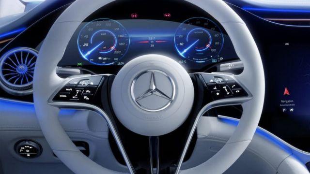 Mercedes-Benz EQS Electric Sedan (4)