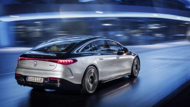 Mercedes-Benz EQS Electric Sedan (15)