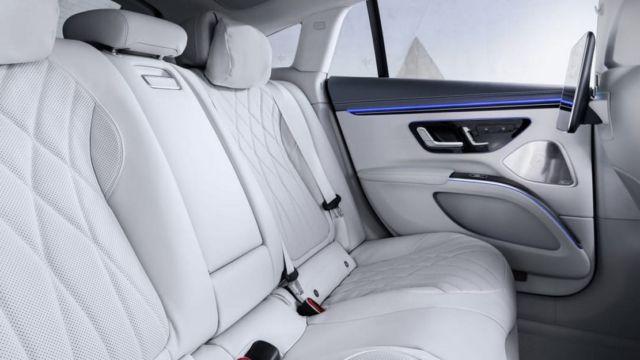 Mercedes-Benz EQS Electric Sedan (10)