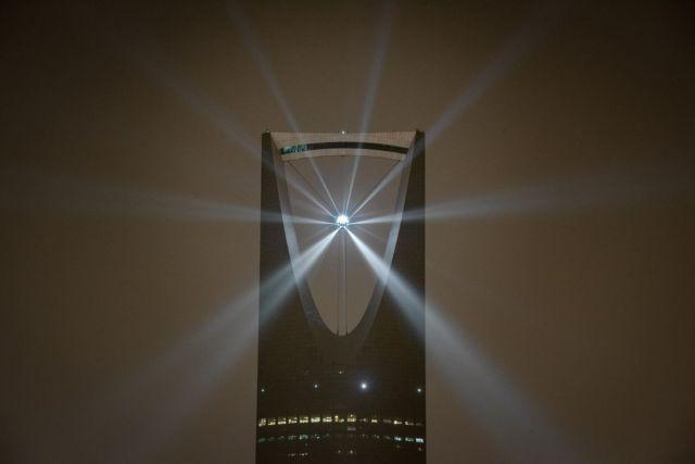 Star in Motion illuminates the Saudi skies
