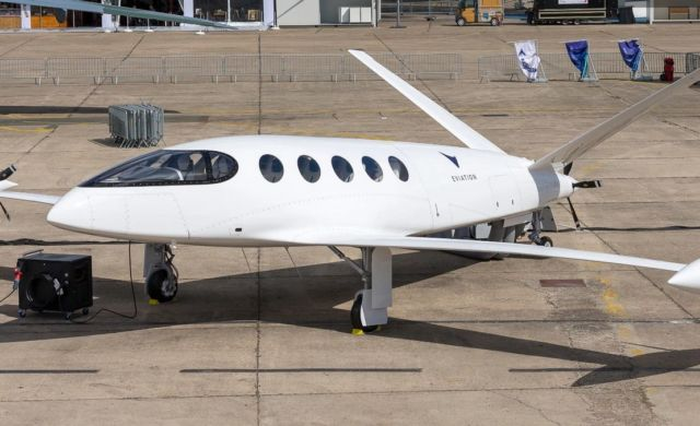 Eviation Alice luxury electric aircraft (9)