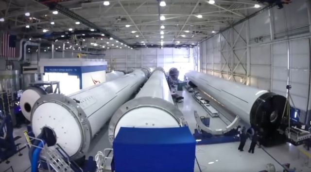 How SpaceX Build Their Rockets So Fast (4)
