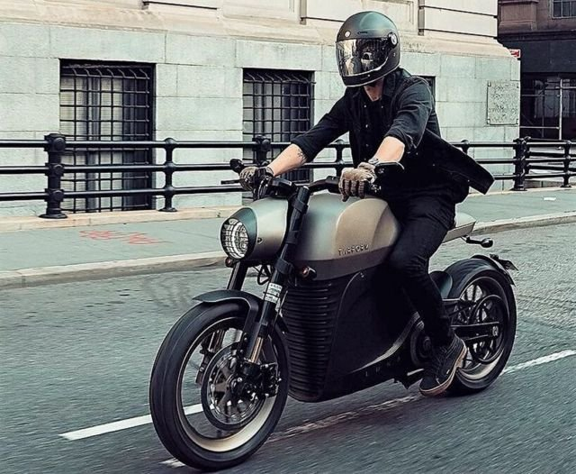 Tarform Luna electric Motorcycle (4)