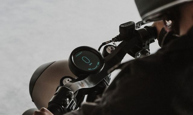 Tarform Luna electric Motorcycle (3)