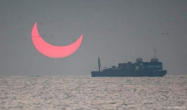 A Distorted Sunrise Eclipse (2)