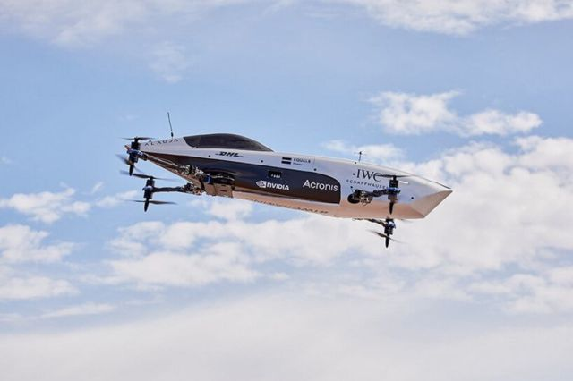 Airspeeder Flying racing car makes historic first flights (5)