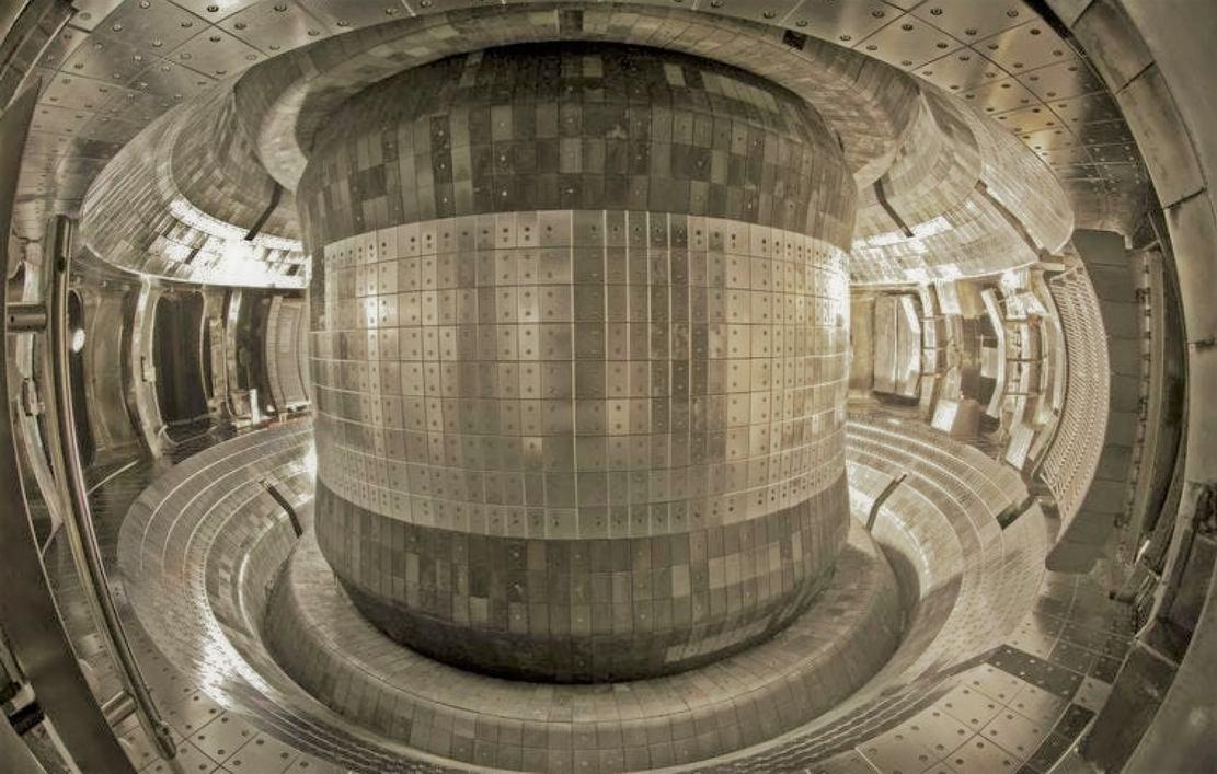 "China's ""artificial sun"" nuclear fusion reactor"