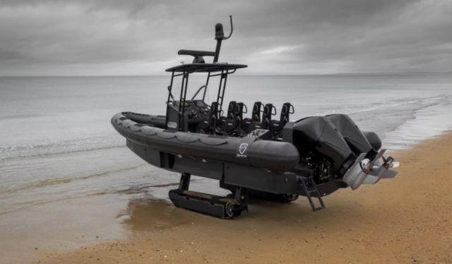 Iguana world's fastest Amphibious boat