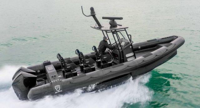 Iguana world's fastest Amphibious boat (1)