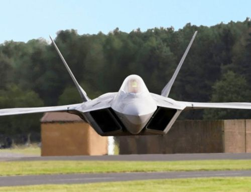 US F-22 Pilot performs insane Vertical Take Off