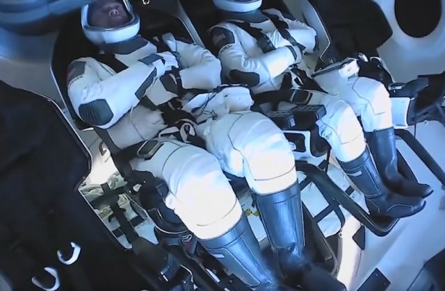 What makes SpaceX's Suits so good (1)