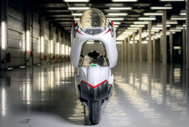 WMC250EV from White Motorcycle Concepts (3)