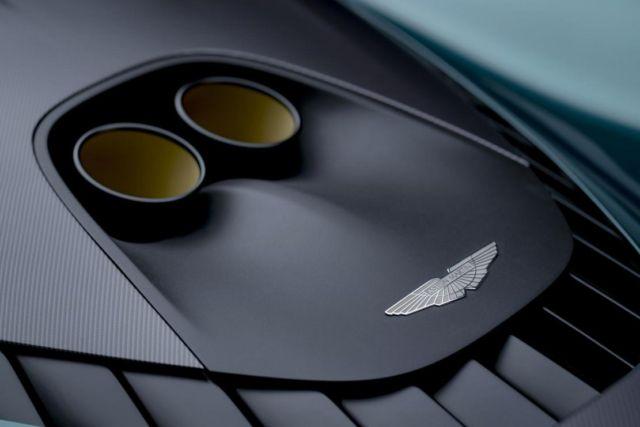 Aston Martin Valhalla supercar (4)