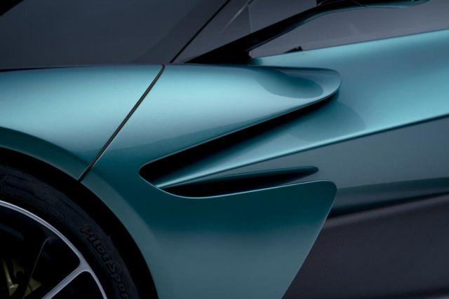 Aston Martin Valhalla supercar (1)