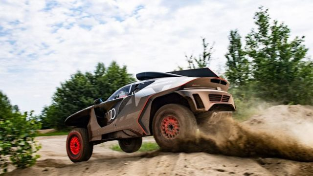 Audi RS Q e-tron Rally car (3)