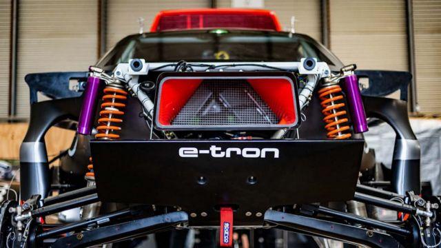 Audi RS Q e-tron Rally car (2)