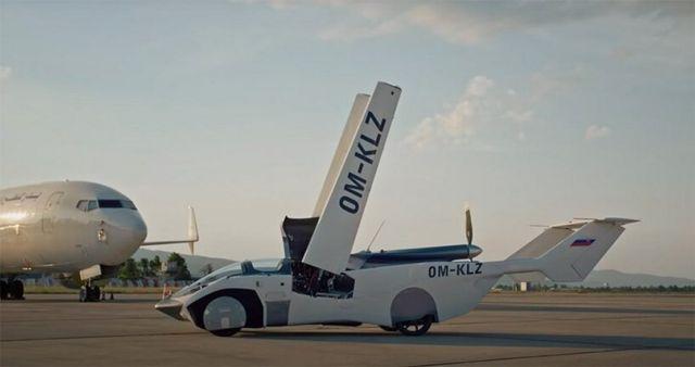 Aircar Flying Car (2)