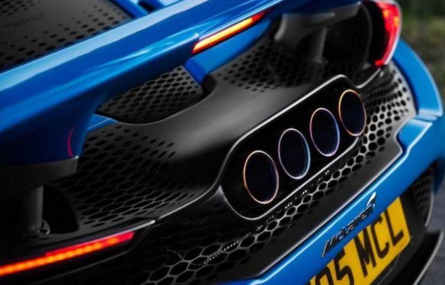 McLaren 765LT Spider supercar (1)