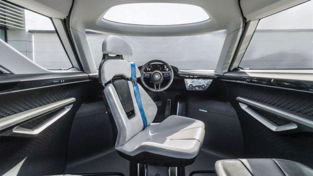 Porsche unveiled the interior of the future (4)