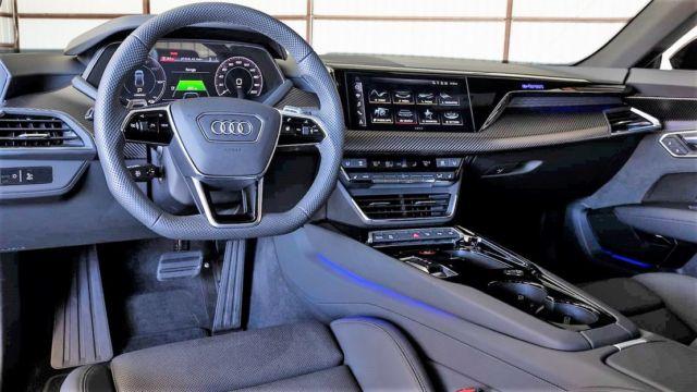 2022 Audi E-Tron GT (3)