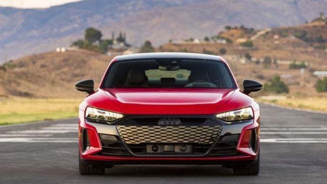 2022 Audi E-Tron GT (10)