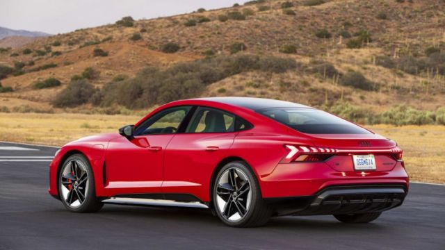 2022 Audi E-Tron GT (9)