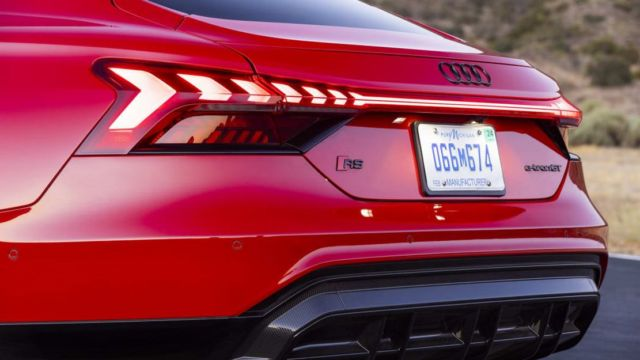 2022 Audi E-Tron GT (8)