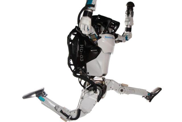 Atlas robot demonstrates its parkour skills