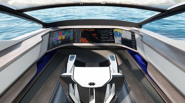 Future-E looks like a car and flies over the waves (8)