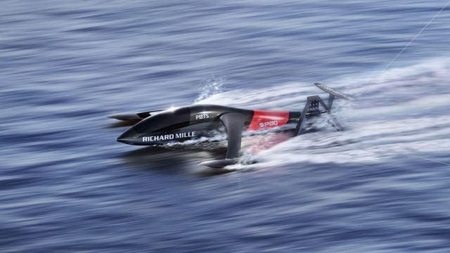 SP80 kiteboat (3)