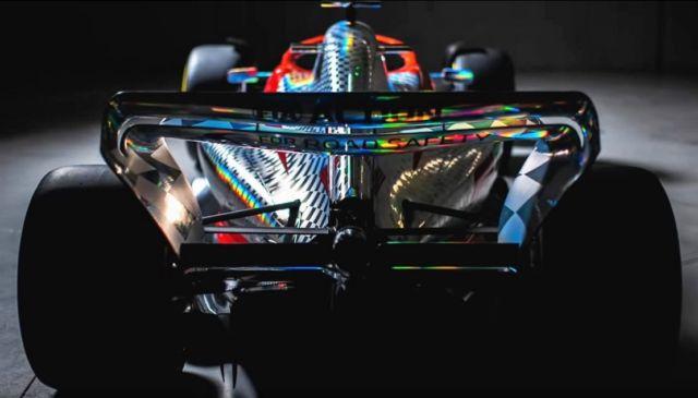 Formula 1's new Curvrd Wing