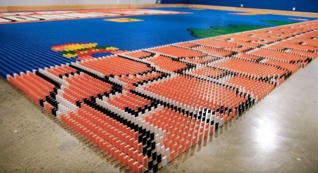 World Record Domino Robot (4)