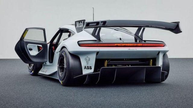 Porsche Mission R concept (8)