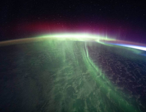 Stunning Aurora over the Southern Skies